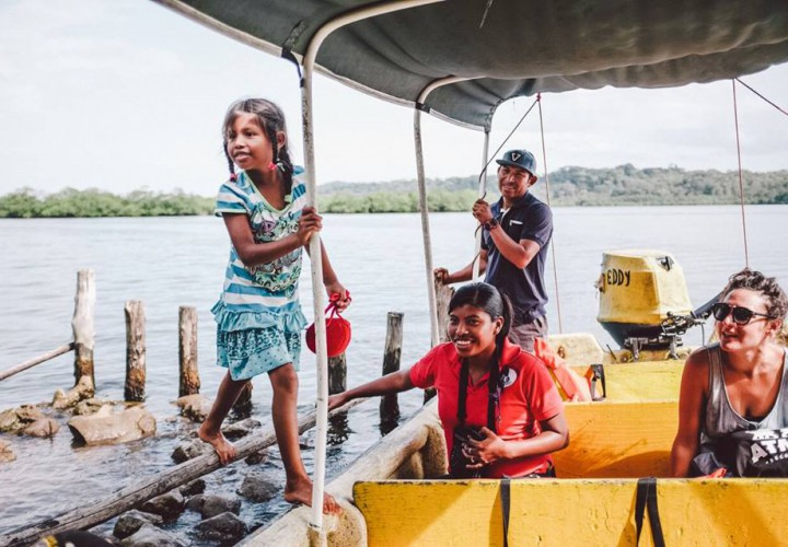 Give Surf Changing Childrens Lives in Bocas del Toro Panama
