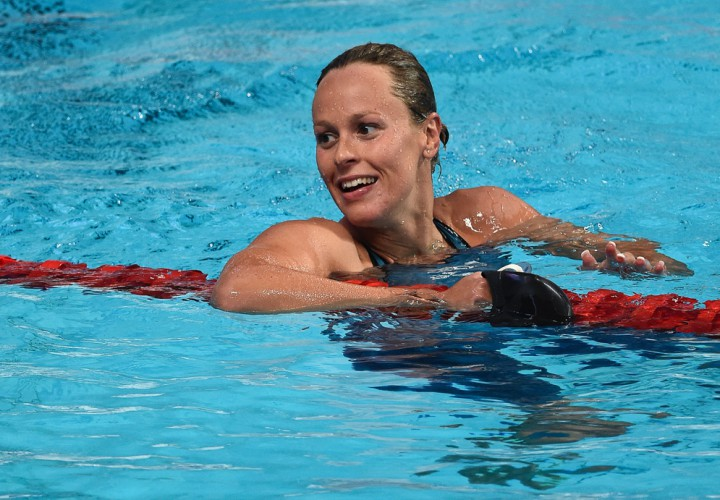 Federica Pellegrini Touches Out Femke Heemskerk For 200 Free Crown