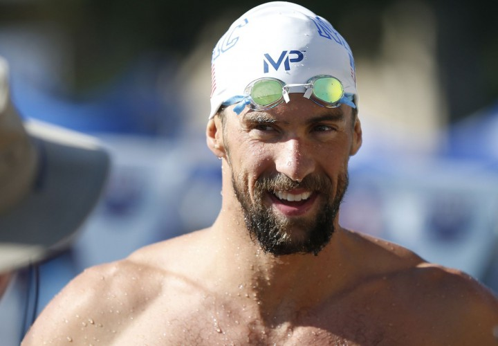 Michael Phelps Edges Ryan Lochte in 200 IM For Another January Career Best